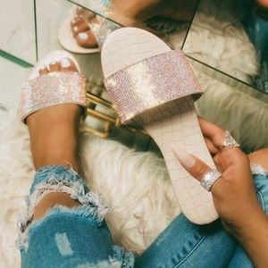 NEW🔥 Nude Open Toe Rhinestones Band Flat Sandals